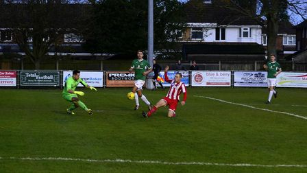 Felixstowe & Walton United on the attack during Saturday's Isthmian League North clash, against Dere