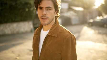 Jack Savoretti came ontot the music scene with his UK number one album 'Singing to Strangers' in Mar