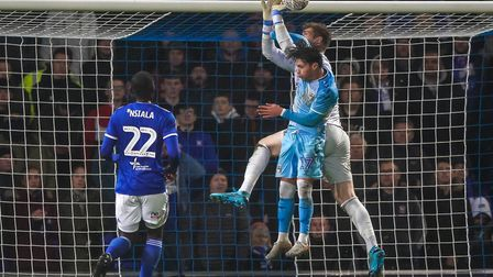 Keeper Tomas Holy has been in and out of the side - Dave Gooderham says Paul Lambert should make cle