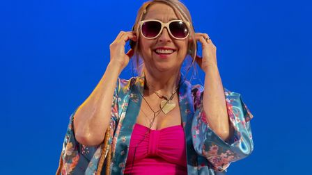 Keddy Sutton as Shirley Valentine in Willy Russell's play at the Theatre Royal, Bury St Edmunds Pho