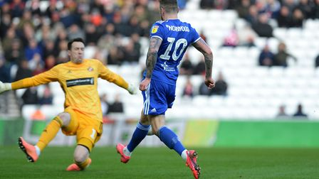 James Norwood is thwarted by the keeper Jon McLaughlin at Sunderland Picture Pagepix