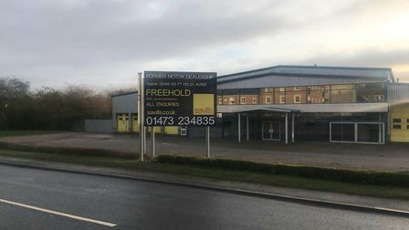 'For sale' signs have been placed at the front of the dealership, with the forecourt completely empt