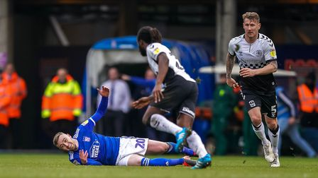 Freddie Sears goes to ground after being pulled over by Kyle McFadzean (right), who picked up a yell