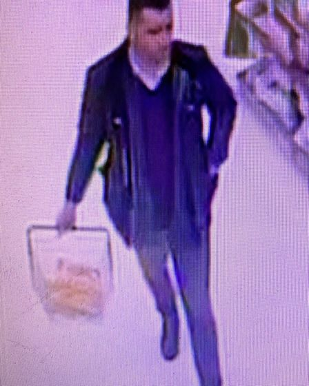 A man police want to speak to following the theft of a man's wallet Picture: SUFFOLK CONSTABULARY