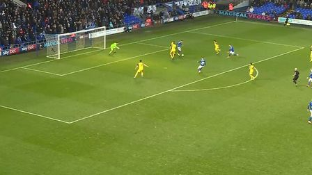 Keane fails to spot unmarked duo Kayden Jackson and Luke Garbutt in the box prior to firing over on