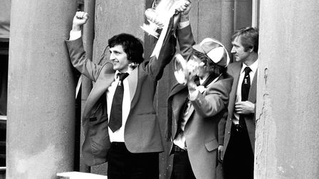 Goal hero Roger Osborne on the Cornhill with the FA Cup