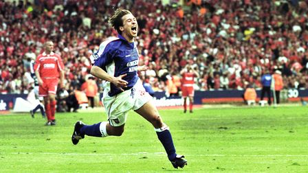 Martijn Resuer celebrates his promotion-clinching goal at Wembley in 2000. PIC MICK EASON / PROFESS