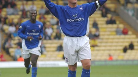 Jim Magilton celebrates a goal against Wattford in 2003. Picture: TOMMY HINDLEY/PROFESSIONAL SPORTS