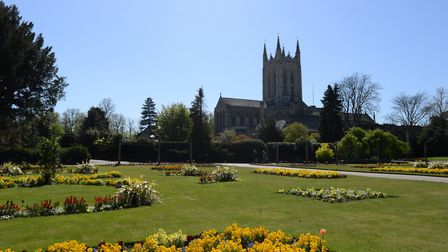 Lucy Woods' photos of Bury St Edmunds during the lockdown, taken on her daily permitted exercise. Pi