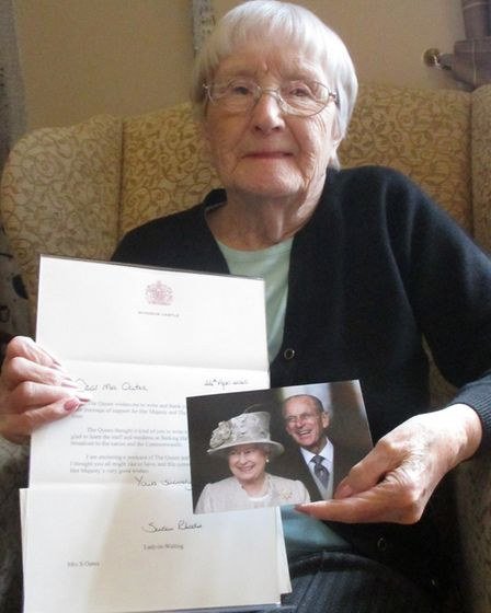 Jean Watson, a resident at Barking Hall nursing home Needham Market with the letter from one of the