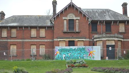 Fears have been raised that a delay in plans for Belle Vue House in Sudbury could lead to further de