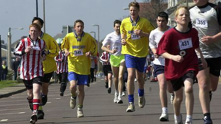 Fun runners in action at the Felixstowe Rotary road races in 2003 Picture Owen Hines/ARCHANT