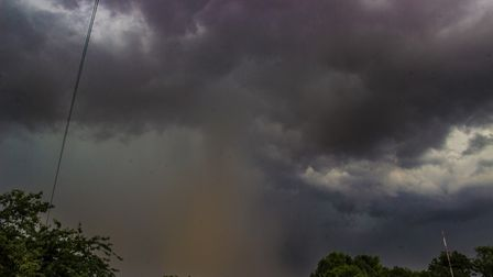 There are warning for rain and thunderstorms in Suffolk Picture: MARK HUNTER/ CITIZENSIDE.COM