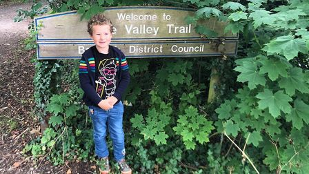 Josh was concerned about the animals at Colchester Zoo during coronavirus so walked from Sudbury to