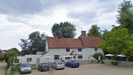 The Dennington Queen has closed after a staff member tested positive for Covid-19. Picture: GOOGLE M