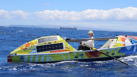 Solo rower Lia Ditton, who grew up in Suffolk, has set a new world record by rowing from San Francis
