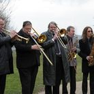 Jazz musicians played some of Kenny's hits