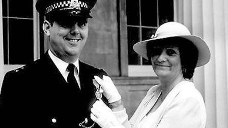 Pc Lock gets the George Medal in 1981. Pictured with his wife