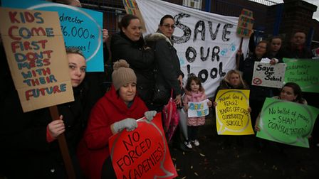 Parents protested outside Dorothy Barley School against plans to turn it into an acdemy.