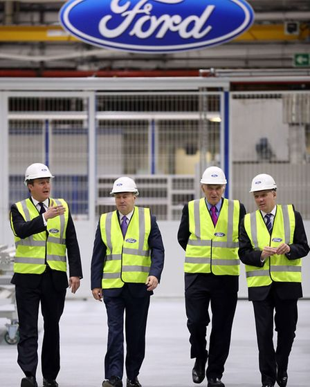 (From left) Prime Minister David Cameron, president of Ford Europe, Middle East and Africa, Stephen
