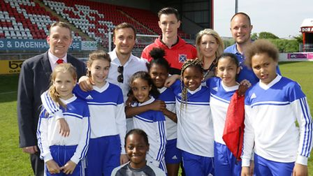 William Bellamy pupils and teachers with Cllr Darren Rodwell, Mark Noble and Dom Hyam