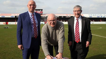 Dagenham & Redbridge manager John Still signs a two-year extension to his contract the National Leag