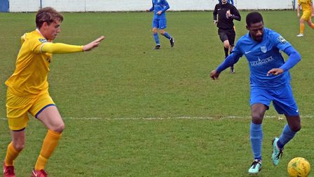 Darrelle Russell attacks for Barking against Canvey (pic Terry Gilbert)