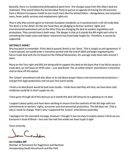 The two-page long statement was posted in the Barking and Dagenham Community page Facebook group. Pi