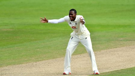 England's Jofra Archer appeals unsuccessfully for the wicket of Pakistan's Naseem Shah during day tw