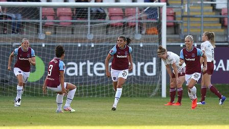West Ham United's Kenza Dali (centre) celebrates scoring her side's first goal of the game during th