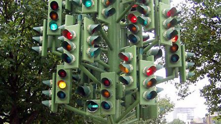 Traffic light 'tree' that once shone its lights at Westferry Roundabout