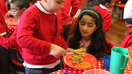 Healthy mealtime at St Peter's London Docks primary school