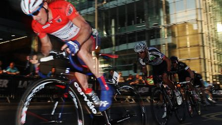 The Pearl Izumi Tour Series hits Canary Wharf with some of British top cyclists fighting to be crown