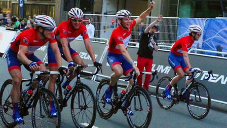 Winning team UK Youth celebrate at the finishing line of Pearl Izumi Tour Series Round 8 at Canary W