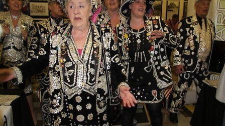 Pearly queens and a king kick off the cockney knees-up