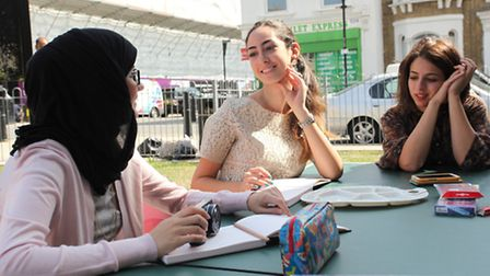 L-R: Asma Al Ahmad, Louna Bou Ghanem and Engy Hashem take part in the project