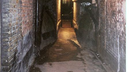 Entrance to Church-passage leading to Mitre-sq, last place Eddowes is seen alive [Andre Deutsch book