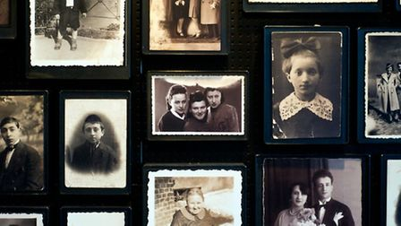 Pictures of Jewish famillies most of whom died at Auschwitz