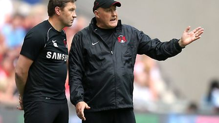 Leyton Orient manager Russell Slade in conversation with assistant Kevin Nugent at Wembley (pic: Joh