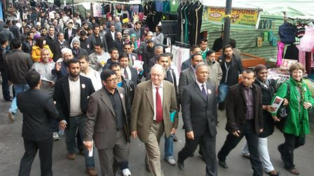 Livingstone on a Whitechapel 'walkabout' during Rahman's 2010 election campaign