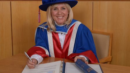 Science author Catherine Hawking made Honorary Graduate with a Doctorate in Sciences