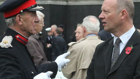 Tower Hamlets Depty Cmndr John Ludgate gives 'low down' on the East End to new boy on the block Will
