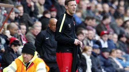 Leyton Orient player-manager Kevin Nolan shows his frustrating from the touchline (pic: Simon O'Conn
