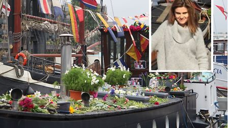 Floral tribute to Jo Cox at Wapping