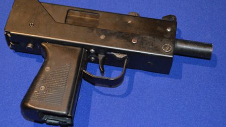 Automatic gun seized by police