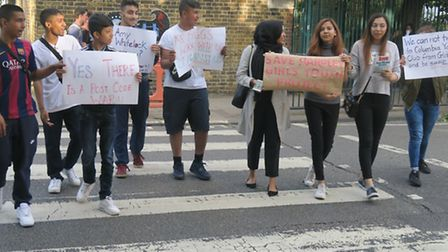 'Postcode war' youths protest on crossing outside their Globe Road youth centre being closed