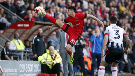 Leyton Orient youngster Steven Alzate tries to control a long ball against Grimsby Town (pic: Simon