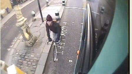 Detectives would like to speak to this cyclist (Picture: MPS)