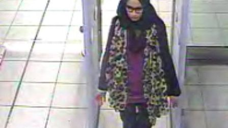 Shamima Begum going through Gatwick's security. Pic: Met Police