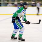 Lewis Blore in action for Lee Valley Lions (pic Phil Hutchinson)